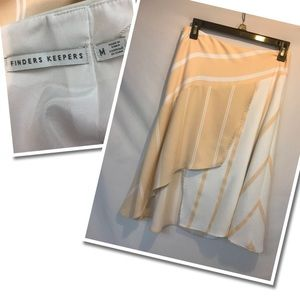 Finder Keeper soft and flowing 2- Tone color skirt
